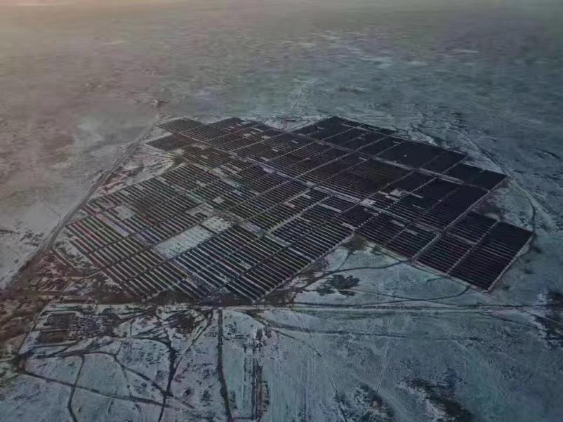 The installation, located in Gulshat, Aktogay District, Karaganda Region of Kazakhstan, features 325W Poly 1500VDC polycrystalline modules. Image: Risen Energy