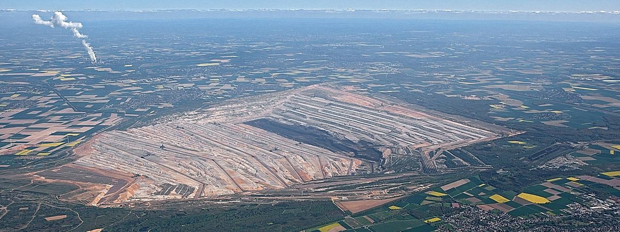 View over RWE's Hambach mine. Image credit: RWE AG