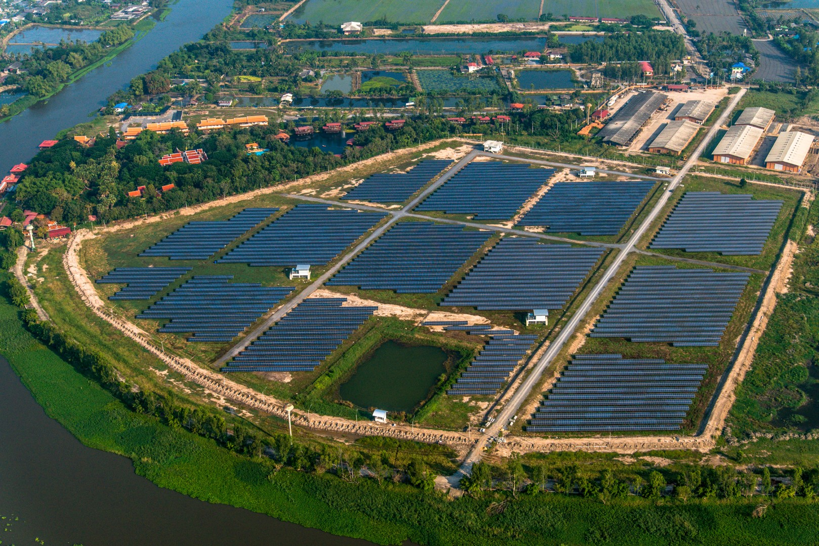 Phoenix Solar's Sai Thong plant in Thailand, developed by its Singapore subsidiary. Image credit: Phoenix Solar.