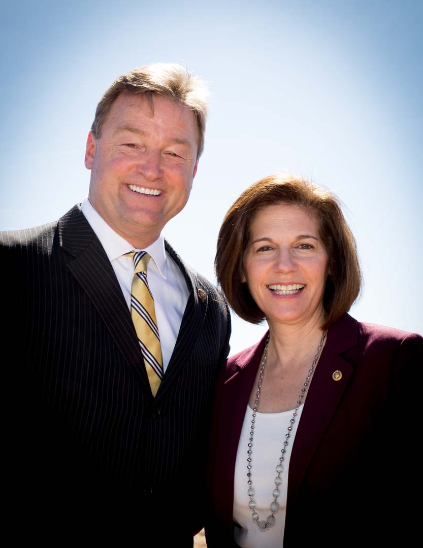 US senators Dean Heller and Catherine Cortez Masto at the commissioning ceremony of the 250MW Moapa Southern Paiute Solar Project on Friday morning. Source: Business Wire