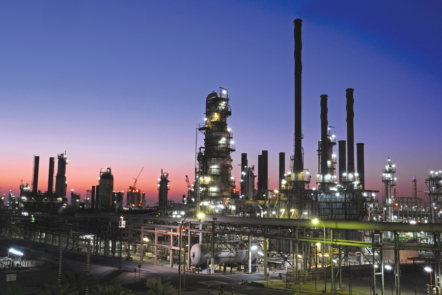 Kuwait National Petroleum Company's Shuaiba oil refinery, due to benefit from the Al-Dabdaba complex. Image: KNPC.