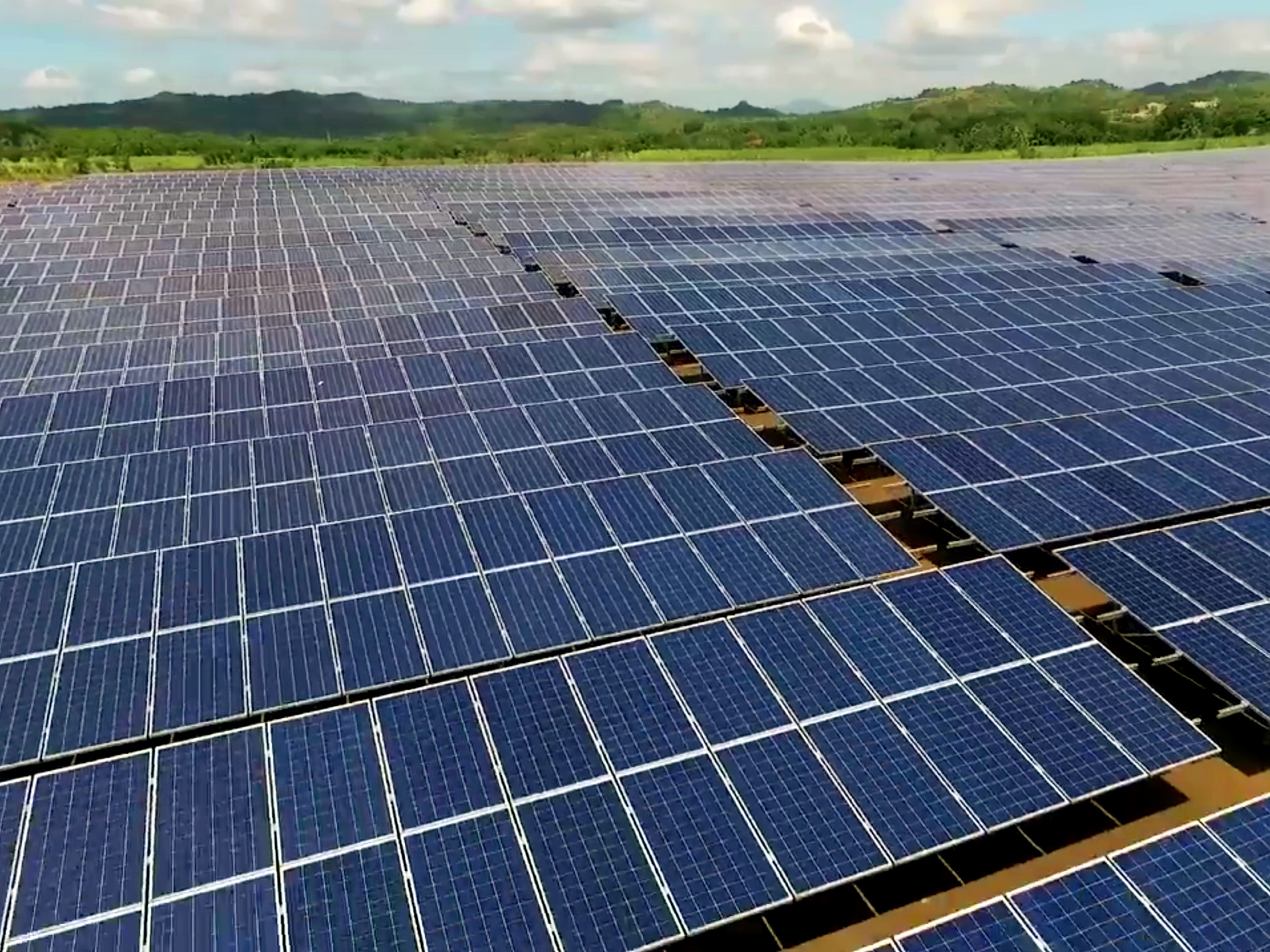 While corporate PPAs thrive, the utility-scale PV sector has to consider taking merchant risk in the unregulated market. Credit: Solar Philippines