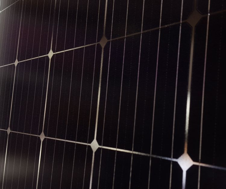 JinkoSolar has set a new record conversion efficiency of 24.90% for its N-type TOPCon monocrystalline silicon solar cell that has been independently verified by the Institute for Solar Energy Research in Hamelin (ISFH), Germany. Image: PV Tech