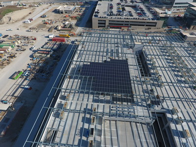 The new headquarters, which required an investment of US$1 billion to develop and is located across 40 hectares of land, features an 8.79MW array that is comprised of over 20,000 solar panels. Image: SunPower