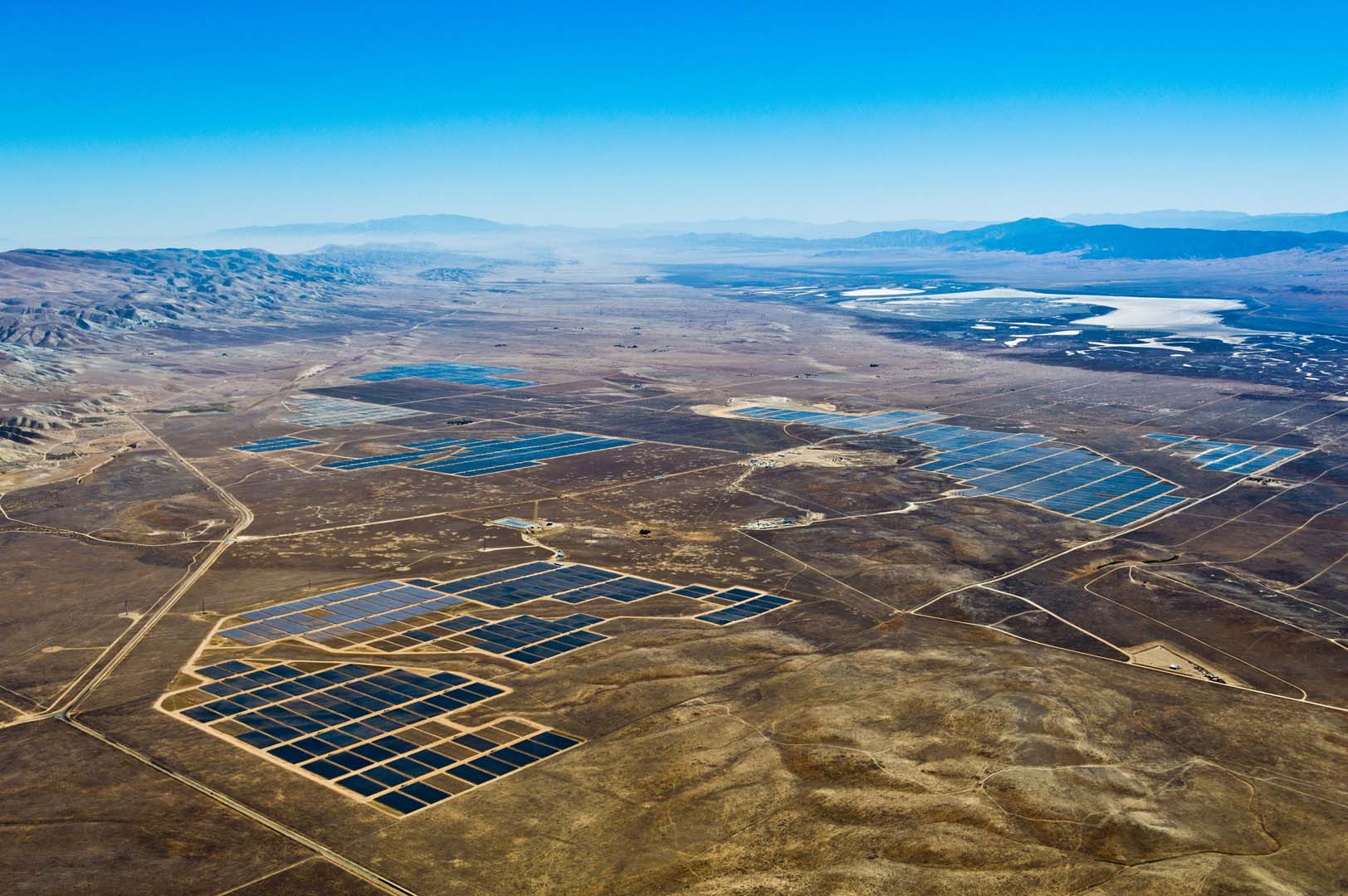 The 100MW Boulder Solar I Facility is expected to reach commercial operation in December 2016. Image: SunPower