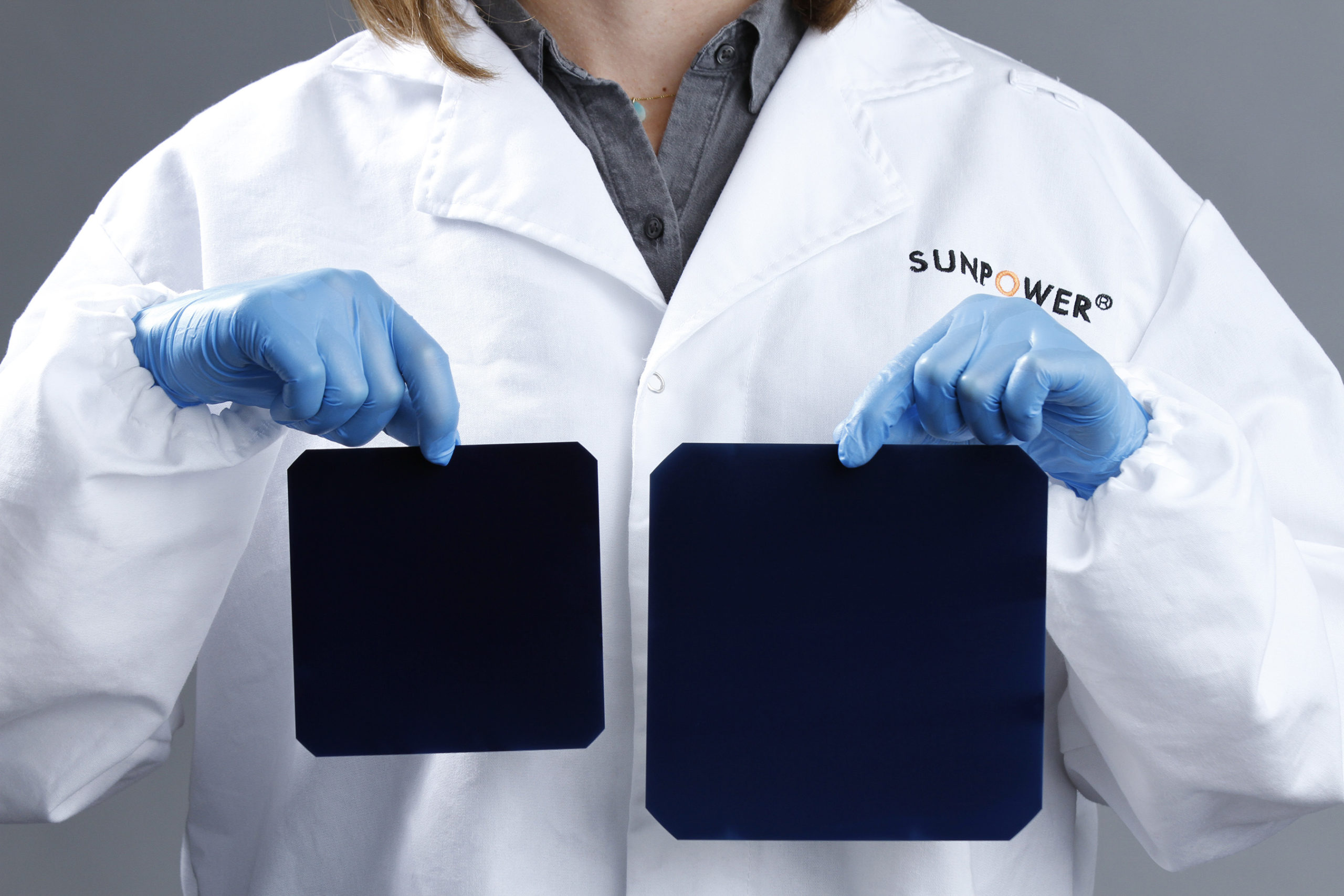 SunPower said that the new 'large-area' 'A-Series' module (1,833.88mm x 1,016mm) deployed 66 NGT cells, which use 156mm x 156mm N-type monocrystalline wafers, compared to its previously highest performing 'X-Series' cells and modules (125mm x 125mm) in a 96 cell configuration 1549.4mm x 1041.4mm, significantly larger than its previous high efficiency module and only targeted at the US residential market. Image: SunPower