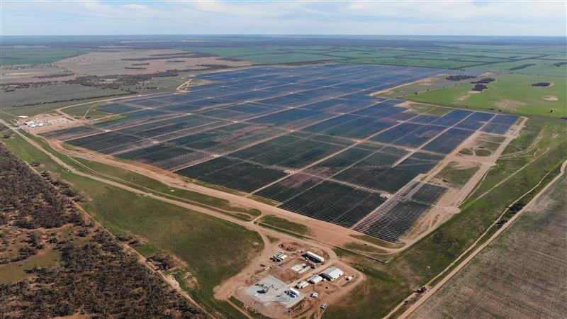 The 255MW Sunraysia Solar Farm in Australia is one of the renewable assets that John Laing is looking to offload. Image: Sunraysia Solar Farm/Twitter.