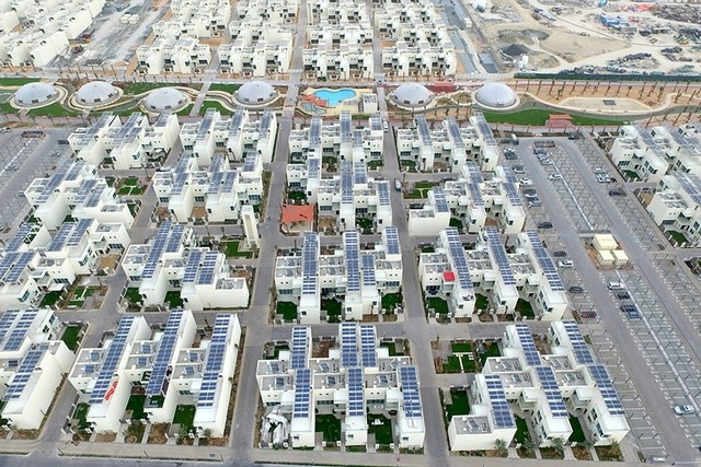 The Sustainable City already boasts rooftop solar installs upon its residential villas.