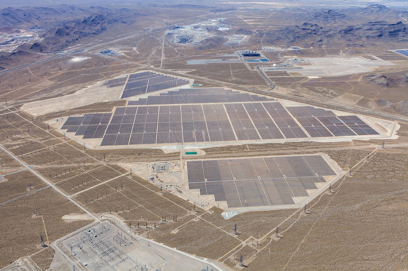 The projects are based in the Dry Lake Solar Energy Zone (SEZ), which is managed by the US Bureau of Land Management (BLM) and use First Solar modules on single-axis trackers. Credit: EDF/First Solar.