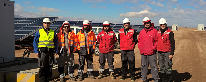 Technicians of ACCIONA Energia and the UPM during the tests carried out in El Romero Solar plant. Credit: Acciona