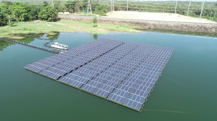EGAT is planning to facilitate more than 1GW of hybrid floating solar-hydro projects across eight dams throughout the country. Credit: EGAT