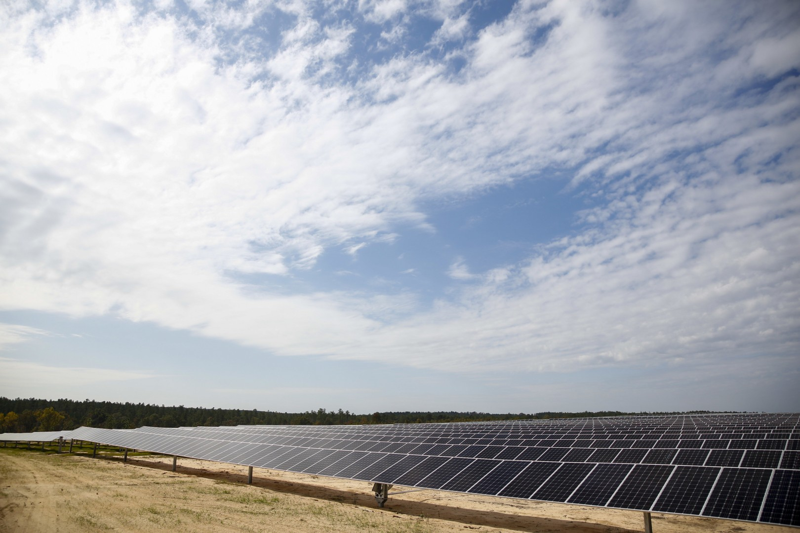 The Shaw Creek Solar Energy Center, which is owned and operated by a subsidiary of NextEra Energy Resources, is located on 226 hectares of land and features more than 270,000 PV panels. Image: NextEra Energy
