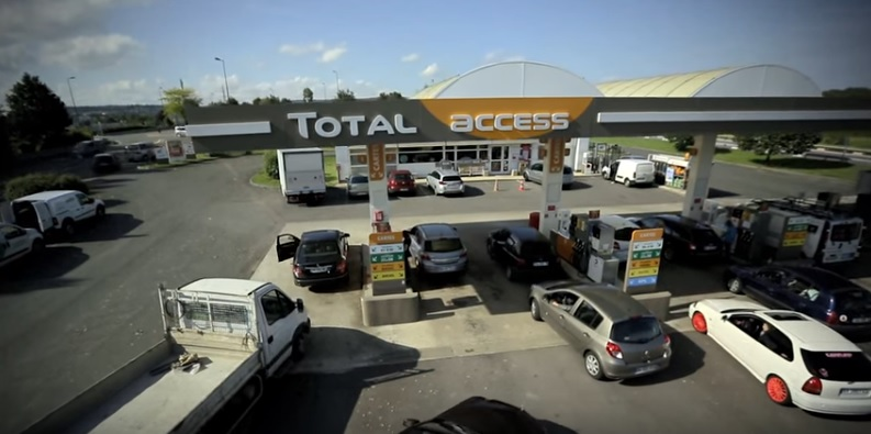 Total S.A plans to install solar panels from subsidiary, SunPower on 5,000 of its global service stations, equating to around 200MW on solar capacity. Image: Total S.A.