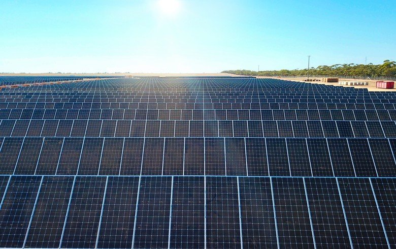 This article discusses some of the topics that will be presented in the webinar next week, and shows how analysing in depth the top AAA to B rated module suppliers allows true peer-group trends to be tracked within the PV industry, something that has been lacking until now. Image: Trina Solar