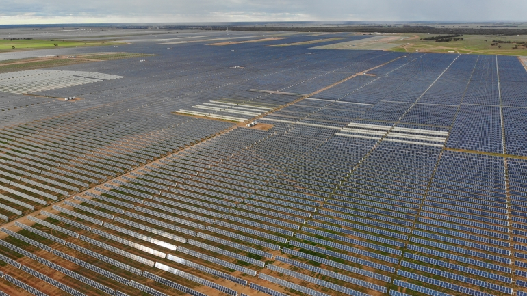 The Sunraysia Solar Farm in the Riverina town of Balranald, near Mildura, will be comprised of 755,000 PV panels when completed and will be located over an 800-hectare site. Image: UNSW Sydney