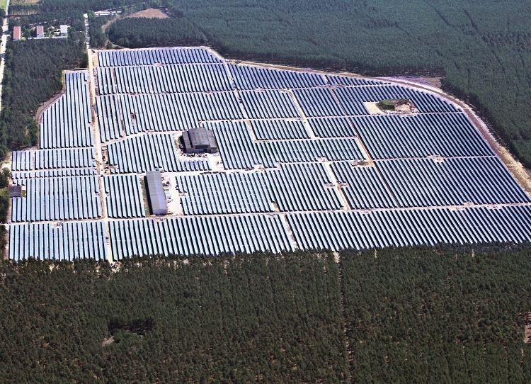 183MW of solar was awarded to 28 bids, of which more than half (15 bids) were handed to Hamburg-based developer Enerparc. Credit Enerparc
