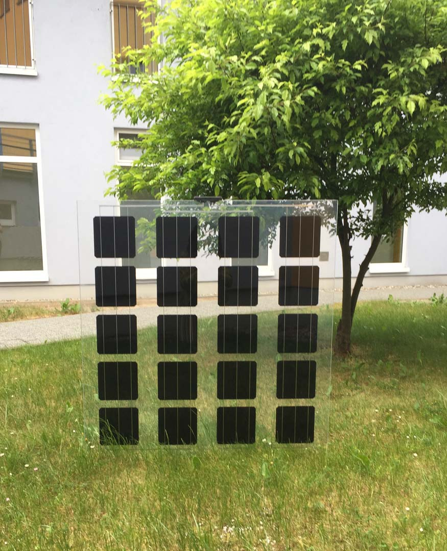 With a black or transparent appearance, the 'Elegante' monocrystalline glass-glass module becomes an integral part of buildings. Image: aleo solar