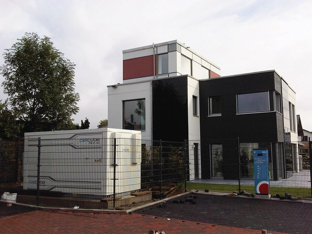 Stina Resources and its subsidiary Enerox took over Gildemeister's flow battery assets, now relaunched as CellCube Energy Storage Systems. Image: CellCube.