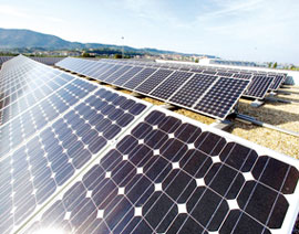 """2017 could be a """"challenging year"""" with 65GW in a worst-case-scenario. Credit: Sunergy"""