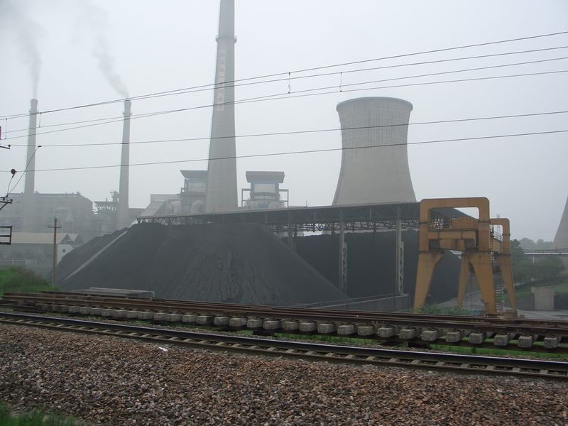 Replacing conventional generation capacity with volatile renewables removes the 'flexibility' aspect of thermal generation including coal (pictured), but this can be dealt with. Image: Wikimedia user: Rodrigo.