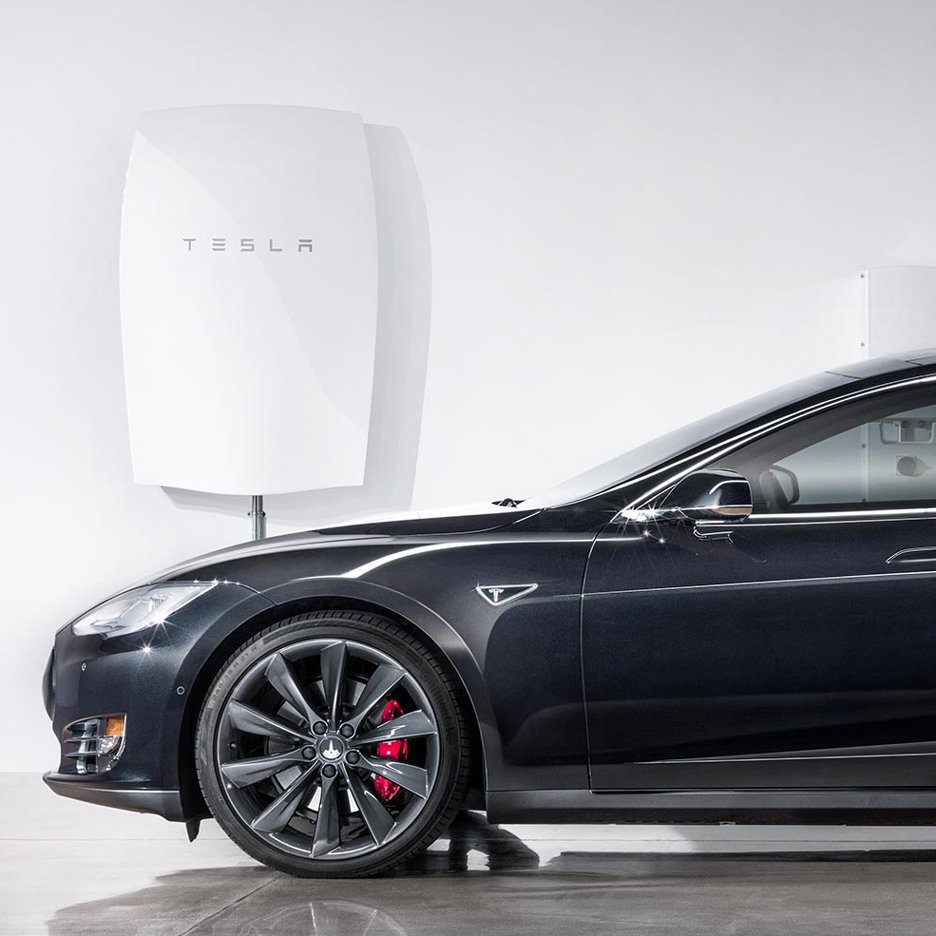 Powerwall storage system backlog pushes to over 1 year, impacting solar plus storage installs. Image: Tesla