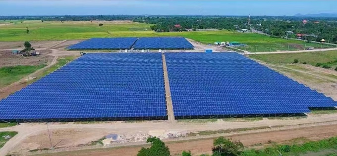 Growatt said the plant consists of 4 sub-plants of 5MW, three of which use Growatt outdoor central inverters which have a 2MW capacity in a 10ft container size with IP54 ingress protection, and thermal performance that can handle 50C degree heat, while fully operational. Image: Growatt