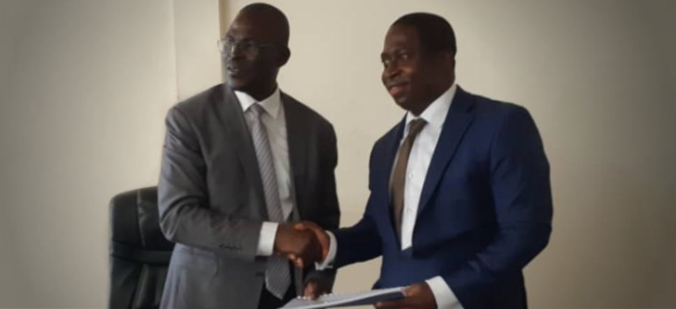 Infraco Africa's Head of West Africa Business Development, Kodjo Afidegnon, signs a PPA for the company's Djermaya Solar project in Chad with Michel Boukar, Minister of Petroleum and Energy. Credit: InfraCo Africa Twitter