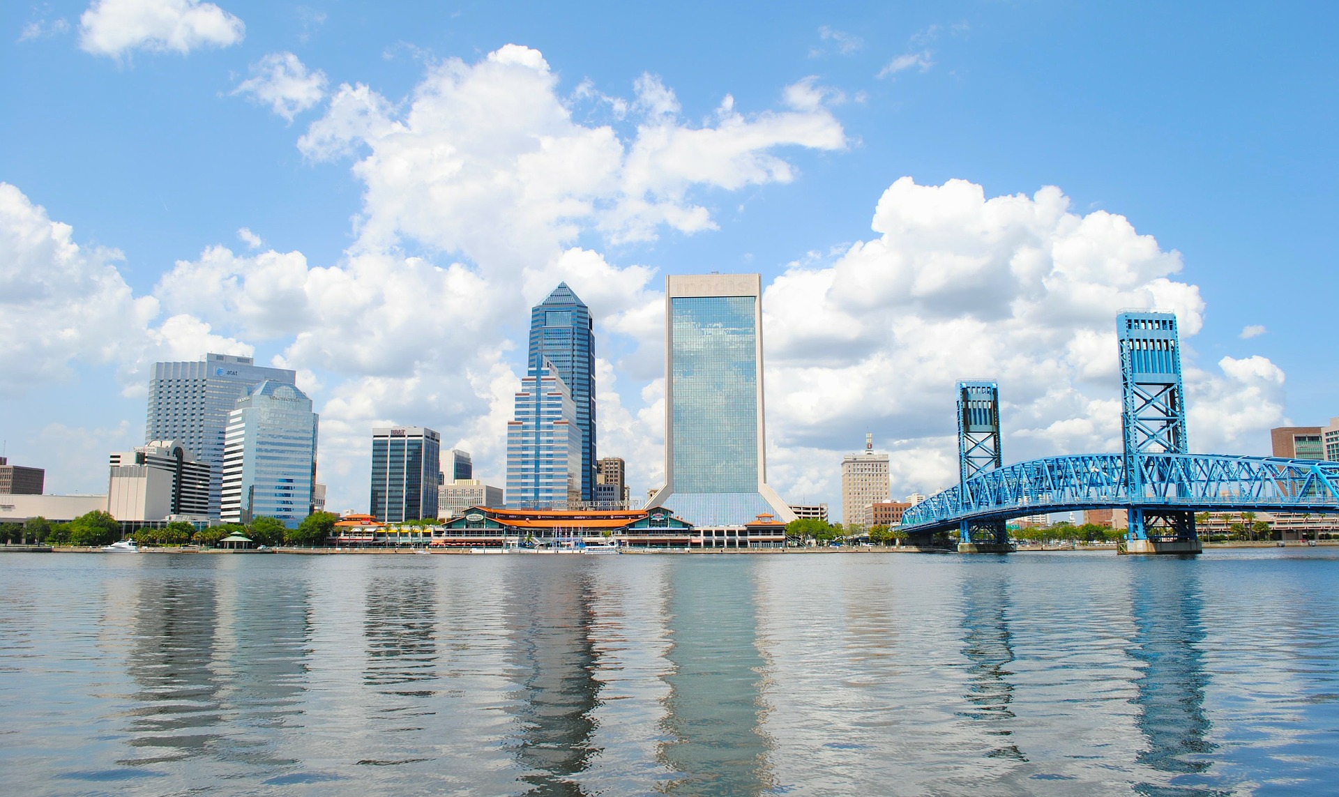 Jacksonville's JEA approved plans for the 250MWac of distributed generation solar in 2017 (Credit: 12019 / Pixabay)