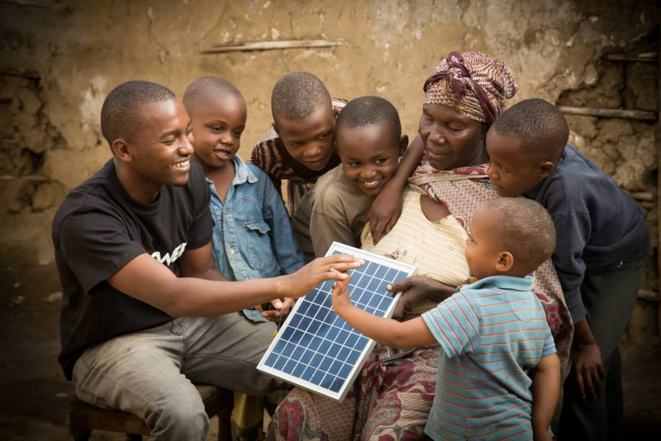The report was prepared in conjunction with Lighting Global, the World Bank Group's platform  supporting sustainable growth of the international  off-grid solar market. Image: Off Grid Electric.