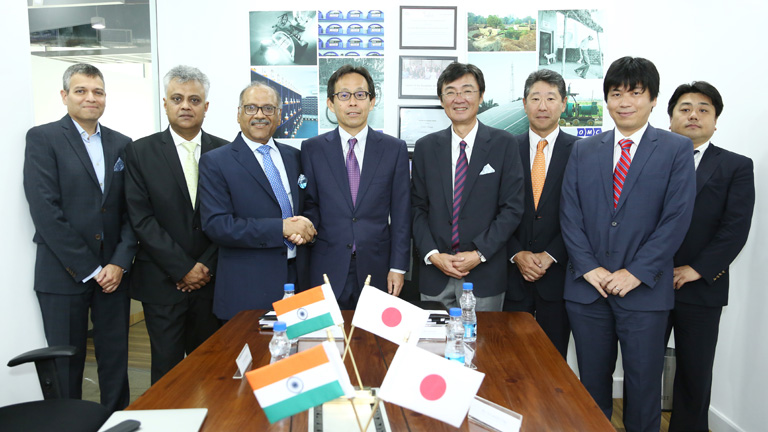 Mitsui & Co. and OMC Power executives at signing ceremony. Credit: Mitsui & Co