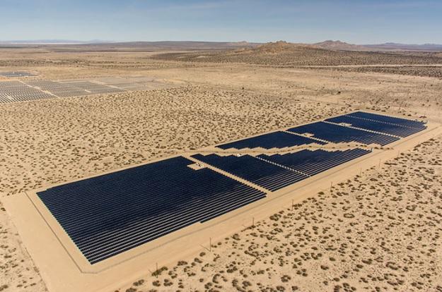 Image: sPower's existing Lancaster solar farm in California. Image: sPower.