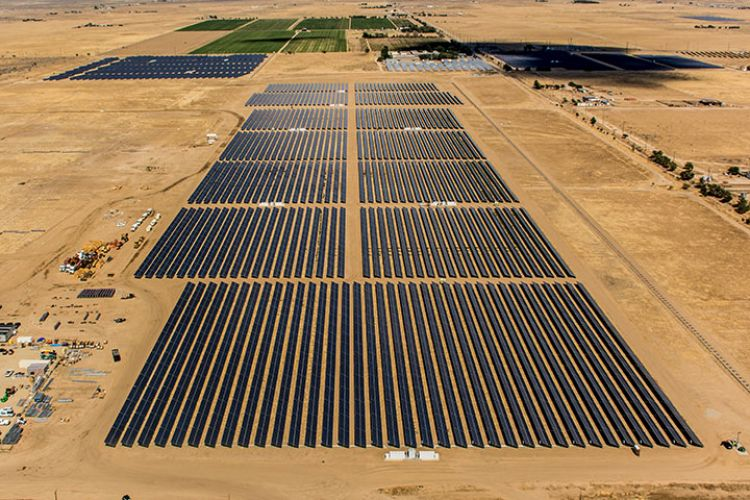 sPower's central Antelope dry ranch PV project in southern California. Source: sPower