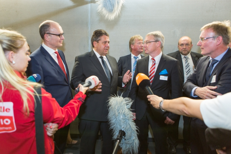 German economy and energy minister Sigmar Gabriel, pictured at the opening of an energy storage facility, will be among the attendees at the Berlin Energy Transition Dialogue. Image: Younicos.